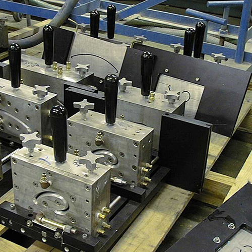 in-house-tooling-multi-sqr-img