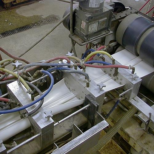wire-trough-sqr-img